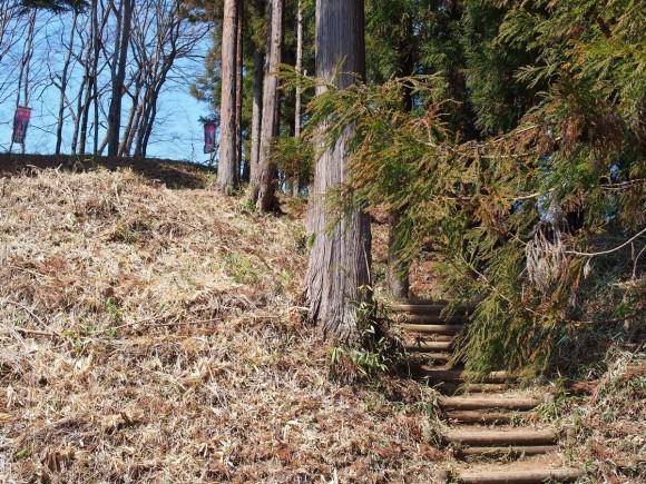 岩櫃城 二の丸前階段