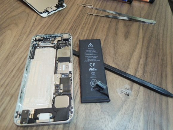 iPhone5 バッテリー交換