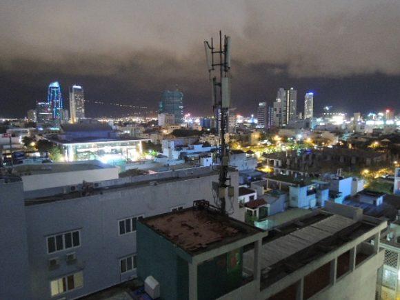 サヌバダナンホテル 夜景