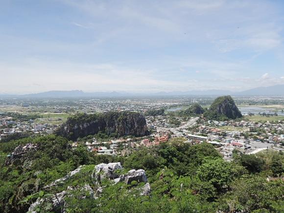 ダナンから五行山(マーブルマウンテン)の口コミ 絶景スポットまで歩く