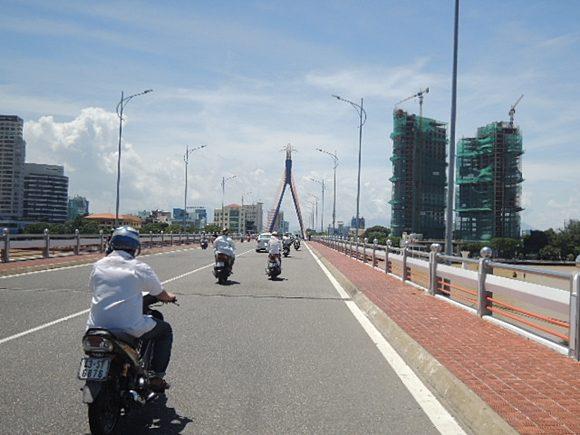 ダナン 橋